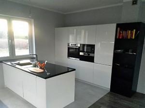 Kuchnia - biały i czarny lakier 2