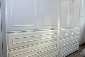 Szafa sypialnia - fronty frezowane 3
