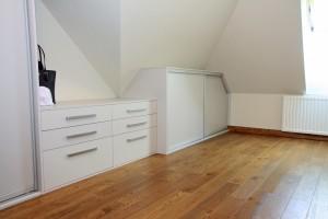Pomieszczenie garderoby 2