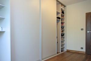 Pomieszczenie garderoby 3